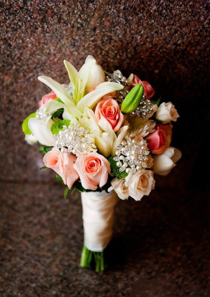 Цветов, букет невесты недорого из тюльпаны и розы