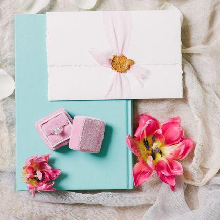 Подарочные конверты и открытки на свадьбу каллиграфией