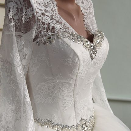 Свадебное платье коллекции 2016 года