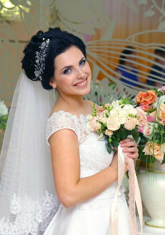 Фото 13030560 в коллекции Мои любимые и самые красивые невесты - Свадебный стилист-визажист Жанна Шевлякова