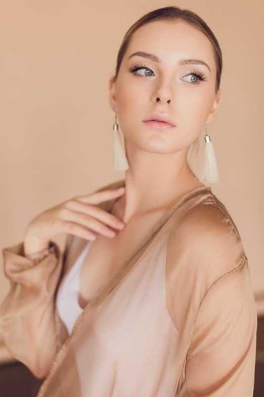 Фото 18195584 в коллекции вечерние,торжественные прически,макияж,фотосессии - Свадебный стилист-визажист Жанна Шевлякова