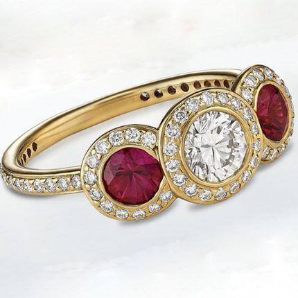 Помолвочное кольцо - бриллиант и рубины