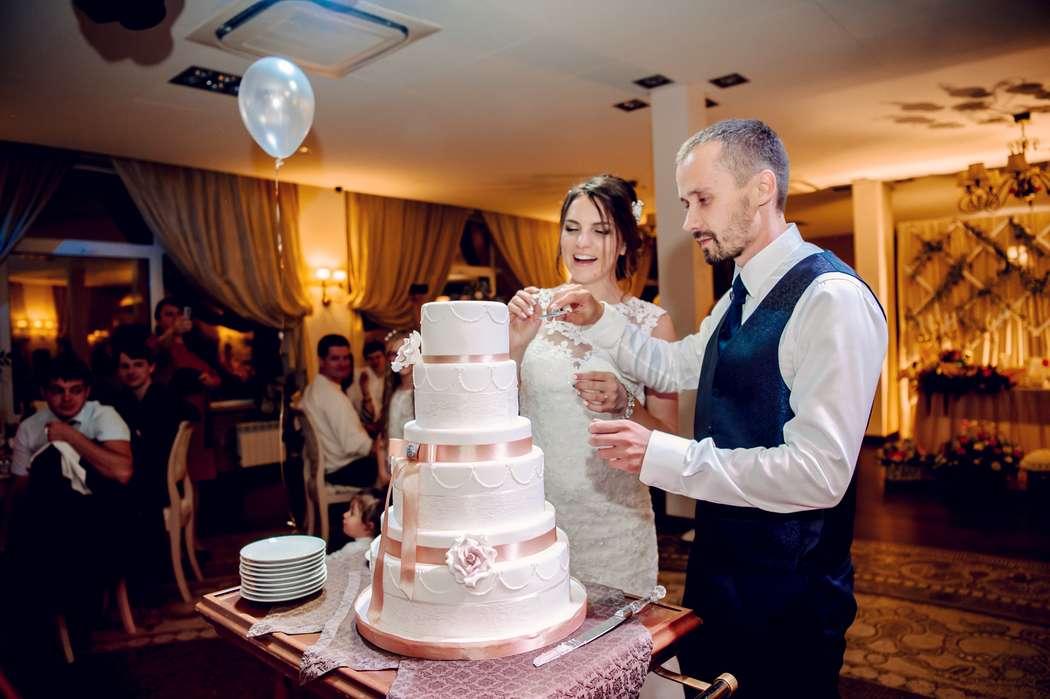 свадьба, выездная регистрация, жених, невеста, сборы невесты, подружки невесты, фотограф, свадебный фотограф, коралловый - фото 16450712 Маслова Виктория - фотограф