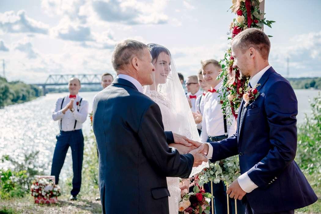 свадьба, выездная регистрация, жених, невеста, сборы невесты, подружки невесты, фотограф, свадебный фотограф, коралловый - фото 16450740 Маслова Виктория - фотограф