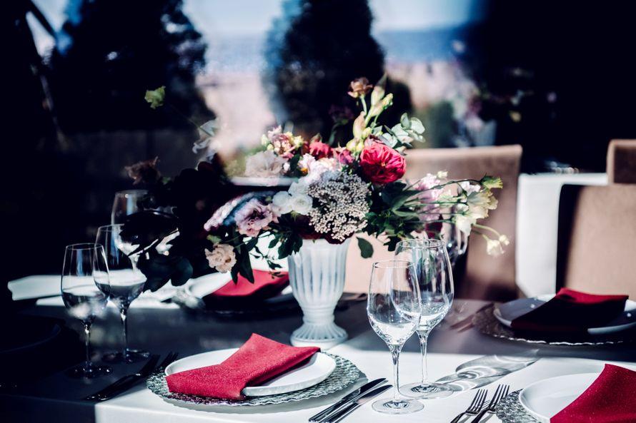 свадьба, питер, атлантис, свадьба на природе, фотограф, свадебный фотограф, фуршет, гости, репортаж, белый, красный - фото 17569790 Маслова Виктория - фотограф