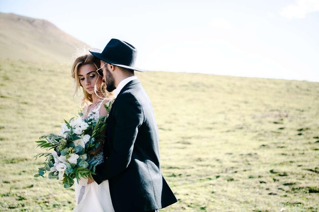свадьба, свадьба за границей, грузия, свадьба в грузии, казбеги, горы, свадьба в горах - фото 19478942 Маслова Виктория - фотограф