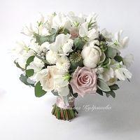Букет  невесты из пионов и пионовидных роз
