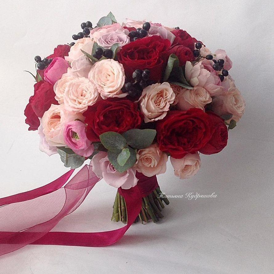 Букет невесты из пионовидных роз - фото 18457928 Цветочная мастерская Татьяны Кудряшовой