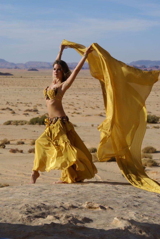 Картинки танец живота пустыня