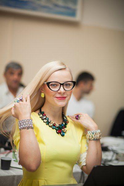 Алена, певица