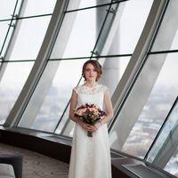 swissotel, красные холмы, фотосессия в отеле, фотосессия в интерьере, марсала, букет невесты, образ невесты, кружево