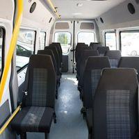 Микроавтобус Mercedes Sprinter белого цвета 2014 г.в. 19 пассажирских мест Ремни безопасности 1000 руб./час Межгород 20 руб./км Подробности по тел 268-10-05