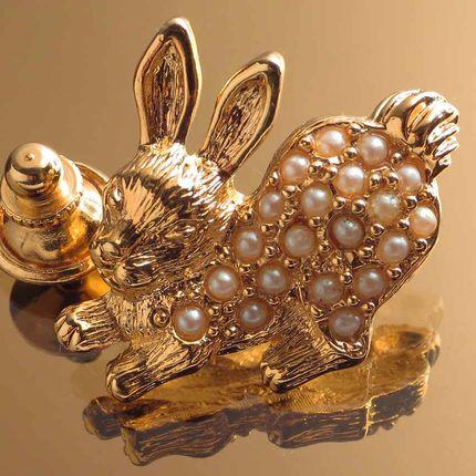 Винтажная брошь icon - brooch Avon rabbit