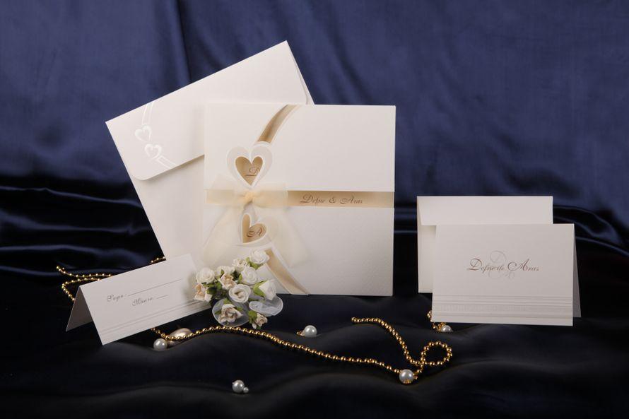 Девочка, свадебные приглашения с фото