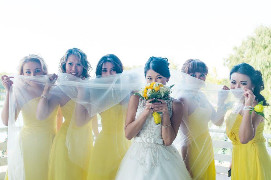 Свадьба в желтом цвете. Подружки невесты в желтом платье. - фото 7731426 podruga_nevesty