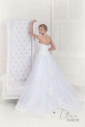 Plumas - фото 7817492 Свадебные платья Tina Valerdi