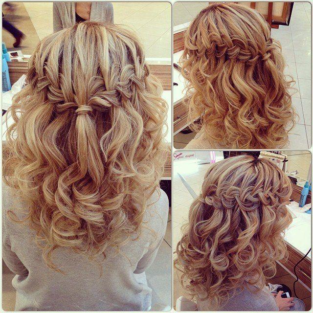 Прическа на средние волосы с локонами с чёлкой