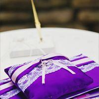 Папка для свидетельства и подушечка для колец с розово-лиловым декором