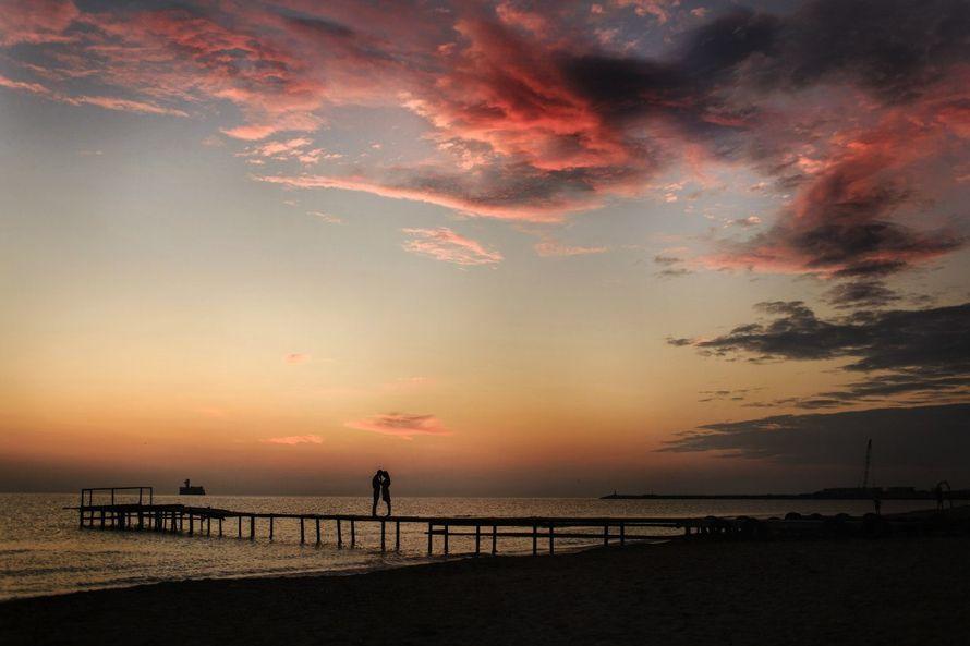 Знать точное время восхода и захода солнца будет полезно не только тем, кто любит всматриваться в звёздное небо, но и фотографам, которые смогут
