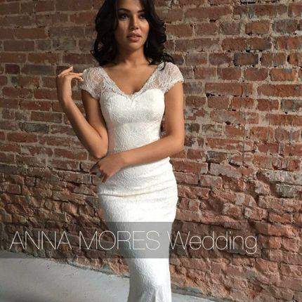 Свадебное прямое платье от Anna Mores