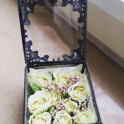 Коробочки для колец с живыми цветами