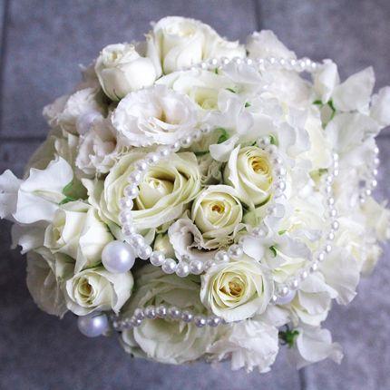 Букет невесты с жемчужинами + бутоньерка в подарок