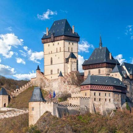 Официальная свадебная церемония в замке Карлштейн