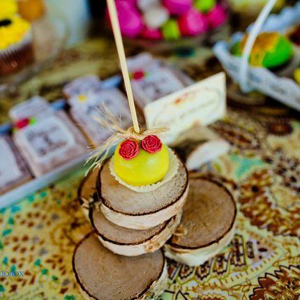 Кенди бар, сладкие столы, свадебный торт