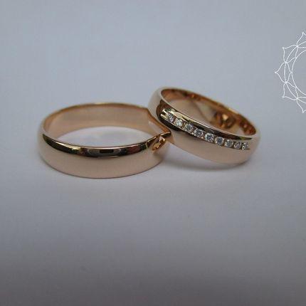 Обручальные кольца на заказ с бриллиантами