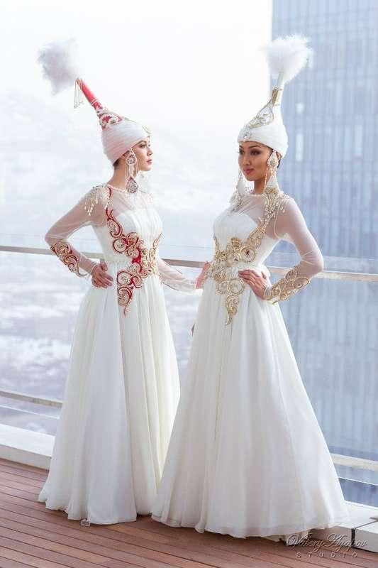 платье в казахском национальном стиле фото скоттишей