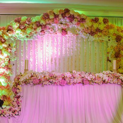 Цветочная арка для регистрации, фотозоны