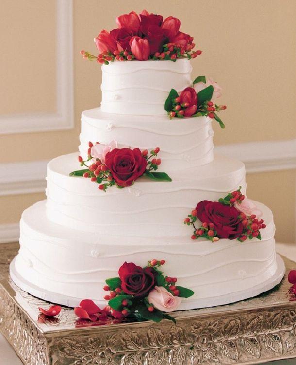 Свадебный торт бордовый белый