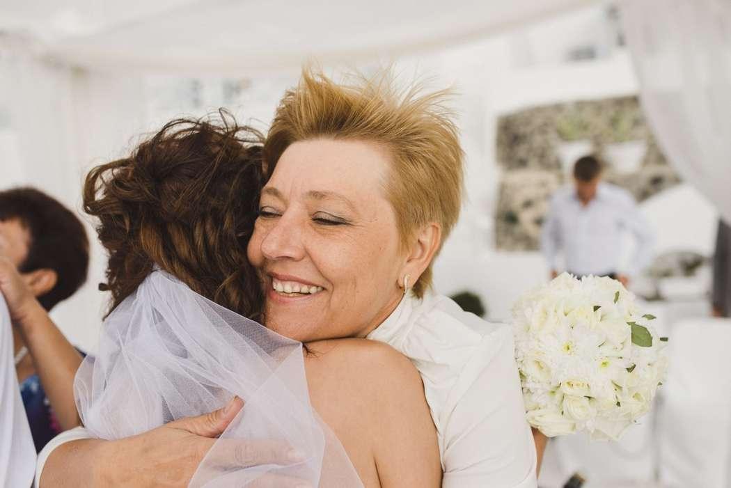 Фото 9612906 в коллекции 16.10.14 - Свадьба Юрия и Марины (о. Санторини) - Фотограф Иван Кузьмичёв