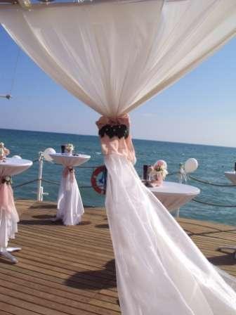 Оформление пирса - фото 1020065 TUANA Организация свадьб и торжеств в Анталии