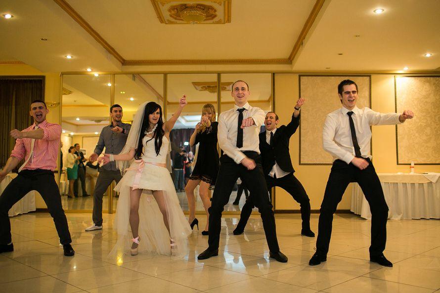 Фото 2452409 в коллекции Свадебный танец - Свадебный распорядитель, выездной регистратор Ирэм
