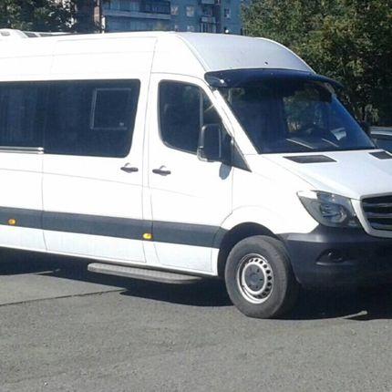 Заказ автобуса Мерседес Спринтер, от 3 часов (18 мест)
