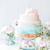 Свадебный торт, стиль Омбре. Оформление крем.