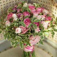 Розовый букет для любительниц яркой нежности