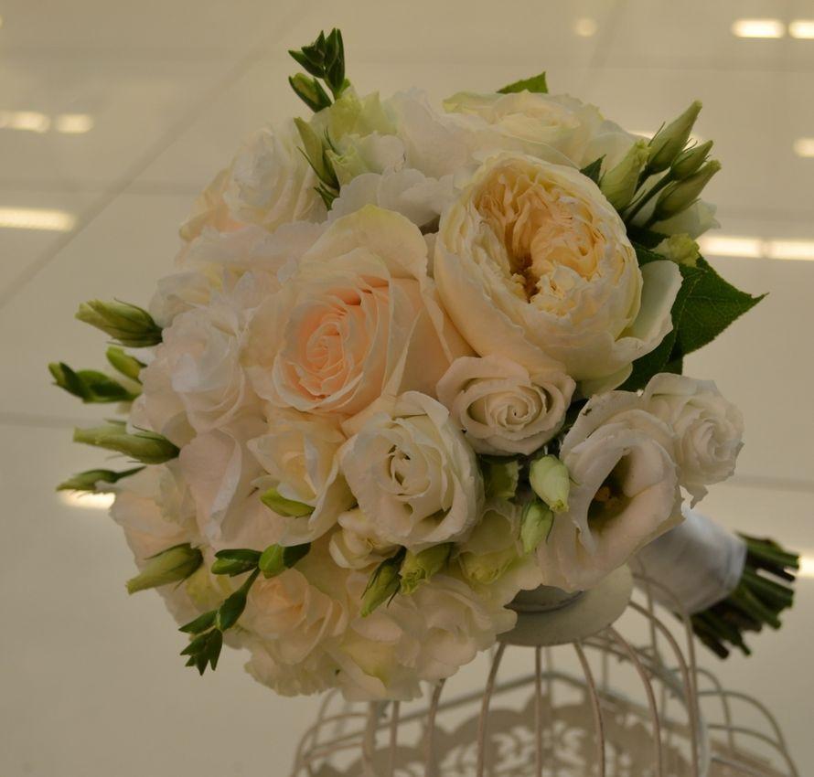 Свадебные букеты из роз кремовых киев, букет карвинг фото
