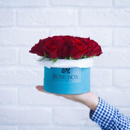 Букет в шляпной коробке, 19 роз