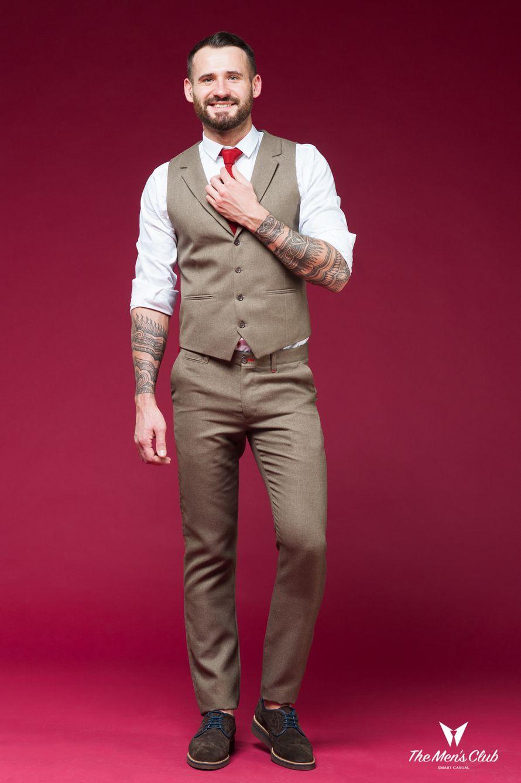 Жилет и брюки