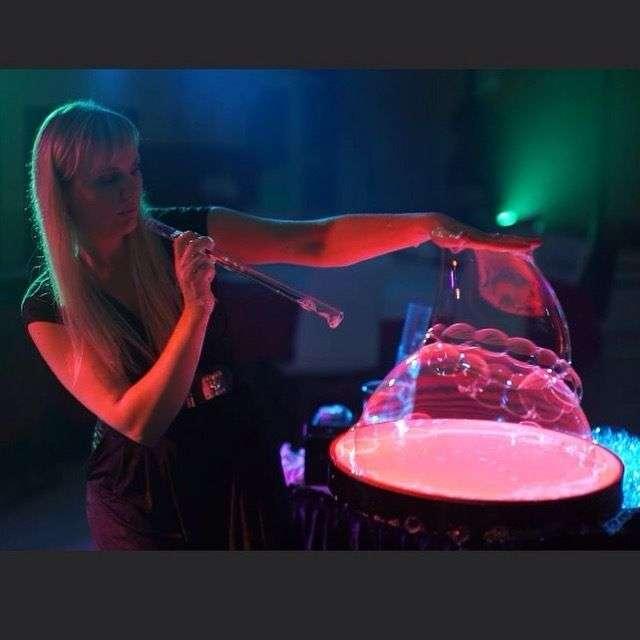"""Фото 13524862 в коллекции Свадебное шоу пузырей - Шоу мыльных пузырей """"Магия"""""""