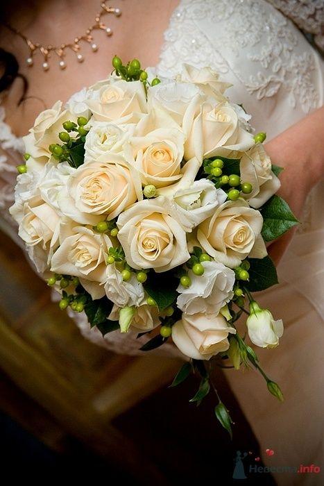 """Фото 30696 в коллекции Букет невесты и бутоньерка. - Студия флористики """"Вистерия"""""""