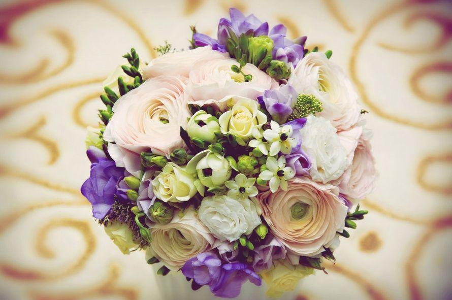 Хризантемы фото, ранункулюс и фрезия свадебный букет