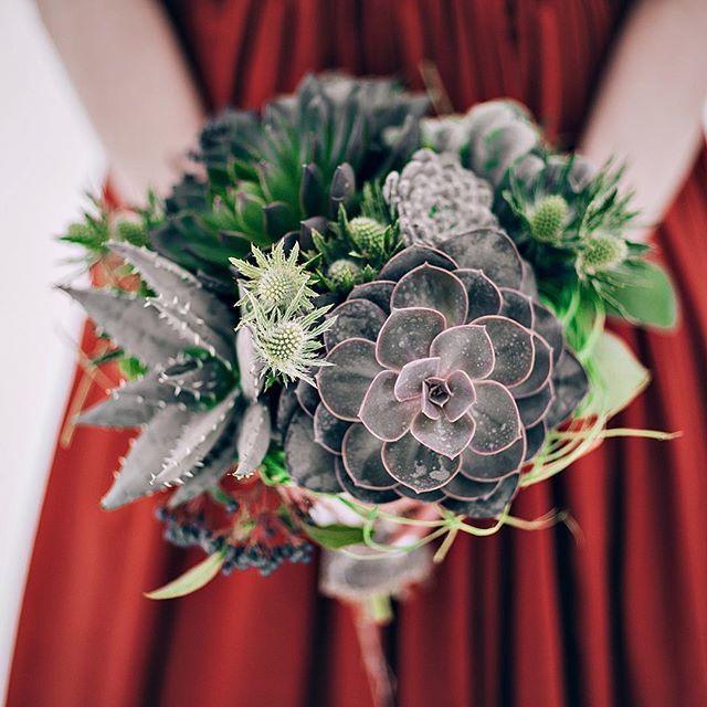 Букетик для смелых невест - фото 11096678 Флорист Савинова Виктория
