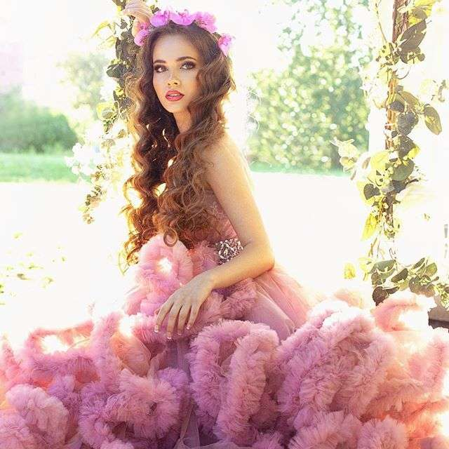 Фото: @ksusha_shakurova .  MUAH: @tomusia__  dress: @rina_ri_dress  Florist: @viktorina_florist - фото 11096722 Флорист Савинова Виктория