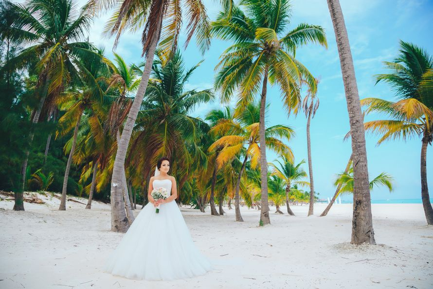 Фото 14544302 в коллекции Официальная свадьба в Доминикане, на пляже Juanillo {Дэвид и Мартина} - Caribbean Wedding - свадьба в Доминикане