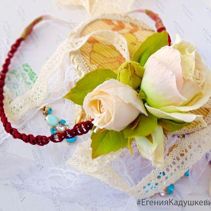 Повязка для головы с цветами розы