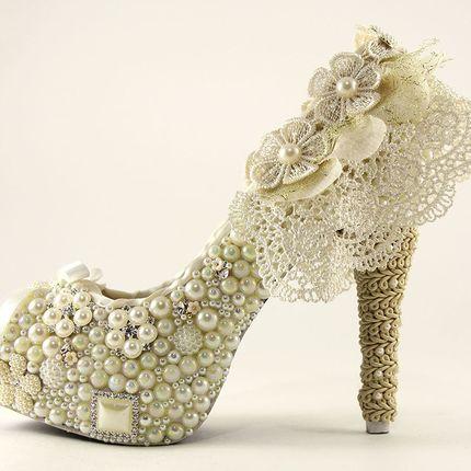 Вечерние туфли в стиле винтаж