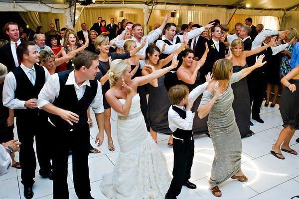 Танцевальный флешмоб с гостями